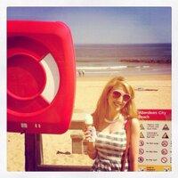 Laura Davis | Social Profile