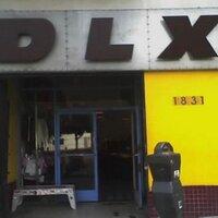 DLX Skateshop | Social Profile