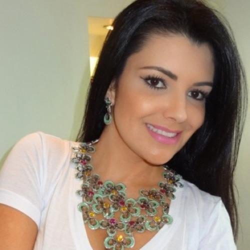 Michelle Alves Jumes Social Profile