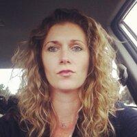 lesley bryce | Social Profile