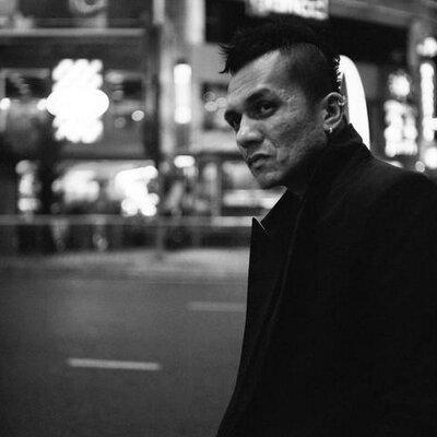 Jiman Casablancas | Social Profile