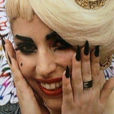 Lady Gaga Tokyo | Social Profile