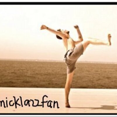 NickLazzarini Fan | Social Profile