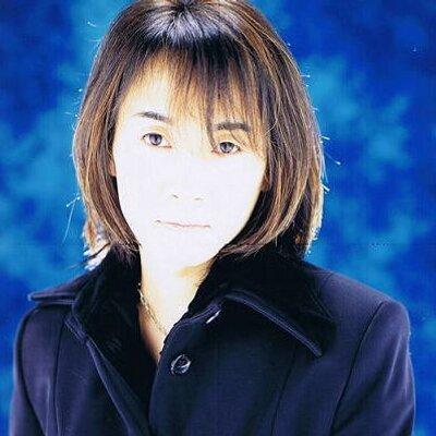 優希比呂 | Social Profile