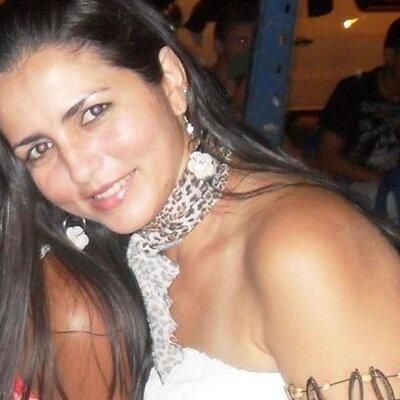 Líah  | Social Profile
