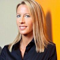 Lori Senecal   Social Profile