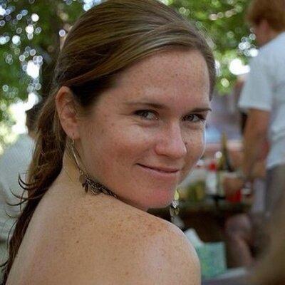 Liz Bender | Social Profile