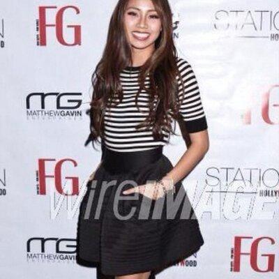 Crystal Hoang | Social Profile
