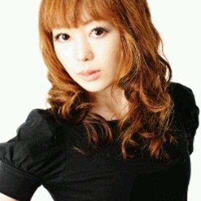 柴田英里 | Social Profile