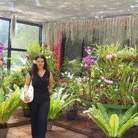 claire wasana | Social Profile
