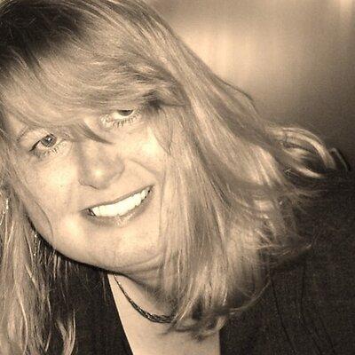 Sandra F Woodward | Social Profile