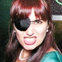 Stephanie Ross | Social Profile