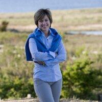 Dorothy Hamill | Social Profile