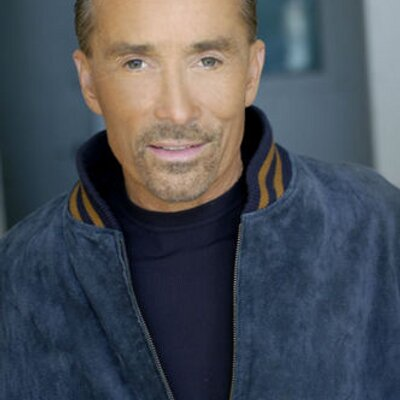 Lee Greenwood | Social Profile