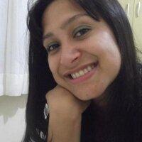 Claudia Ruiz  | Social Profile