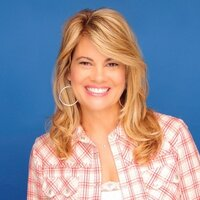 Lisa Whelchel | Social Profile