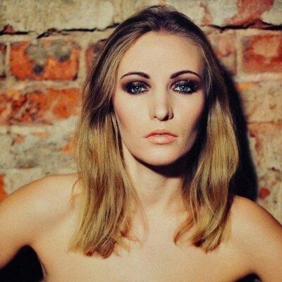 Оля Амосова | Social Profile