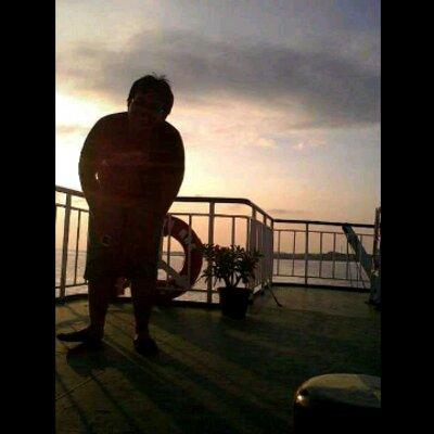 yasin asmadhibrata | Social Profile
