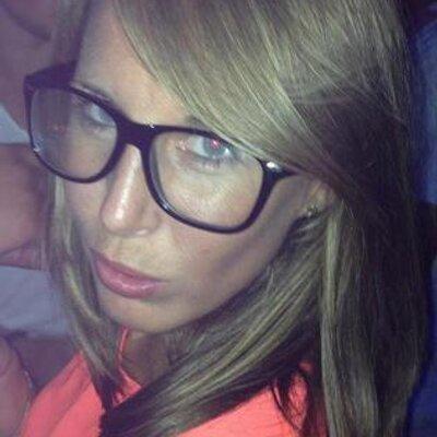 Zoe Hardy | Social Profile