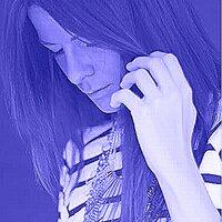 Adele Napias  | Social Profile