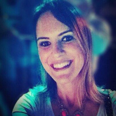 Simone mattoso | Social Profile