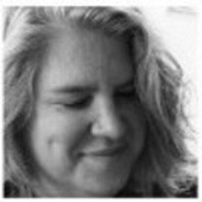 Alexa Clark | Social Profile