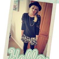 Caroline | Social Profile