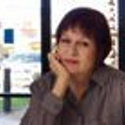 Ricki Burleigh. | Social Profile
