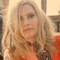 Aimee Mann | Social Profile