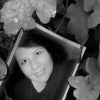 Gloria Calderón | Social Profile
