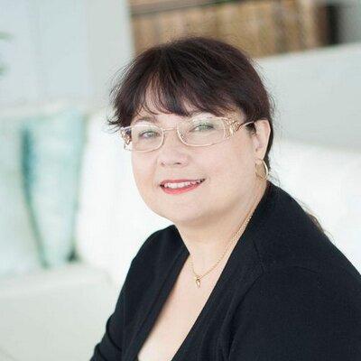 Eveline J. Verhoeve | Social Profile