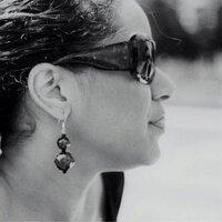 Leyla Farah   Social Profile