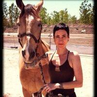 Sharon B | Social Profile