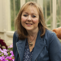 Niamh O'Carroll | Social Profile