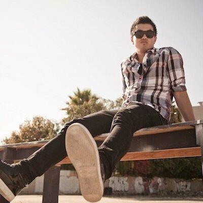 Vincent Completo | Social Profile