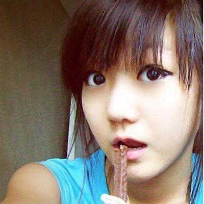 ★[ ๋Mõsh¡๋ ]☆   Social Profile