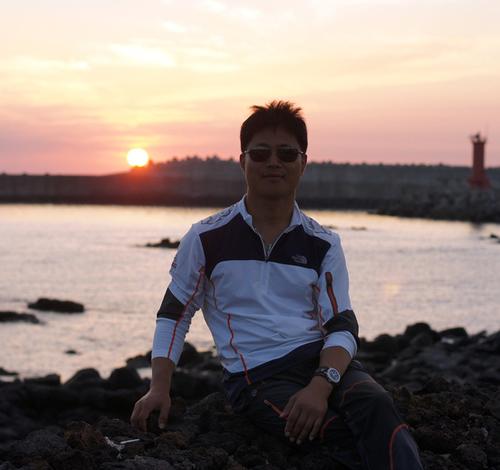Jay Hong(洪載和) Social Profile