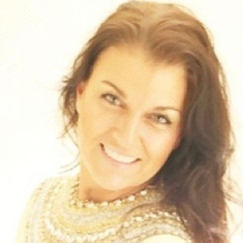 Vonnie Lopez Social Profile