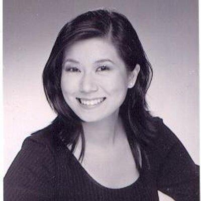 Leslie Lee | Social Profile