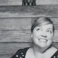 Juliet Gray | Social Profile