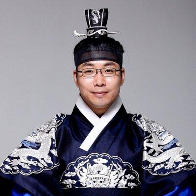 박준규/ 칭찬당 당주 | Social Profile