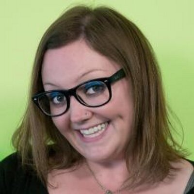 Laura Dinneen | Social Profile