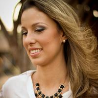 Carol Ribas   Social Profile