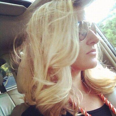 Stephanie Norton   Social Profile