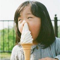 i smell ice cream | Social Profile