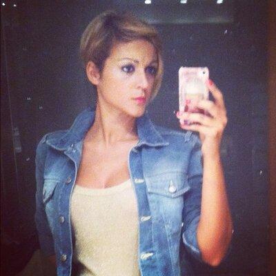 Cristina Salinas | Social Profile