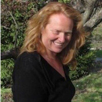 Bess Hochstein | Social Profile