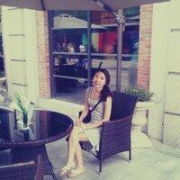 Summer | Social Profile