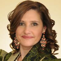 Marcia Pires | Social Profile