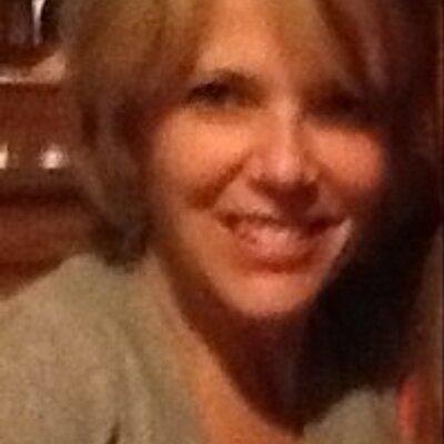 Carolyn Rosman | Social Profile